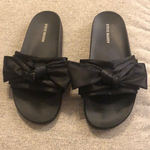 Steve Madden Satin Bow Slides Black